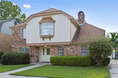 Single Family Home For Sale: 33 Park Timbers Drive
