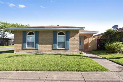 Single Family Home For Sale: 1501 Harcourt Drive