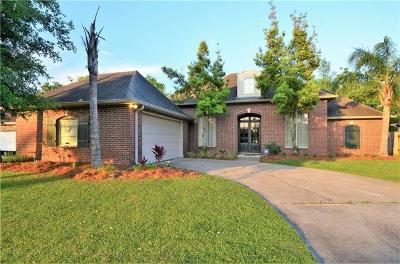 Destrehan, St. Rose Single Family Home For Sale: 236 Riverwood Drive