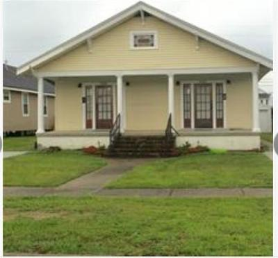 New Orleans Single Family Home For Sale: 5522 Woodlawn Place