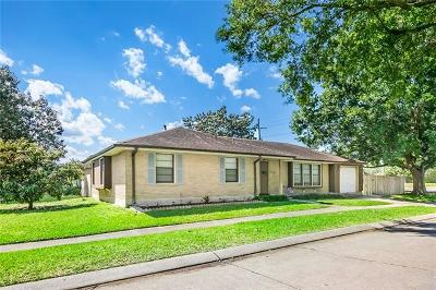 Metairie Single Family Home For Sale: 2120 Summit Street