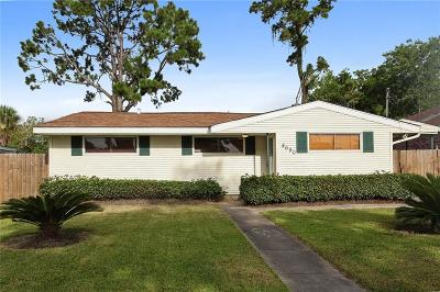 New Orleans Single Family Home For Sale: 4690 Lancelot Drive