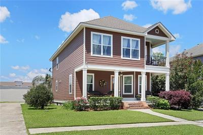 Single Family Home For Sale: 11 Navigation Court