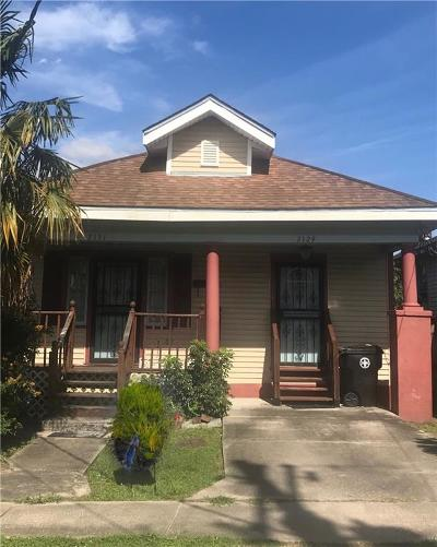 Single Family Home For Sale: 2131 St Anthony Street