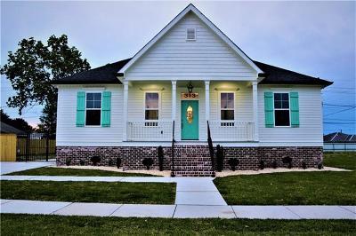 Arabi Single Family Home For Sale: 313 Doerr Drive