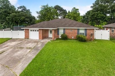 Marrero Single Family Home For Sale: 5149 Lee Place