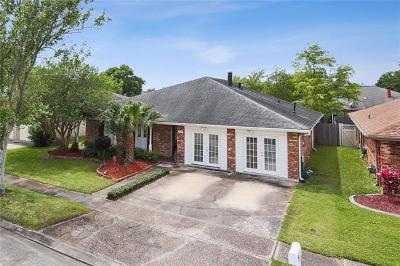 Kenner Single Family Home For Sale: 39 Clevner Drive
