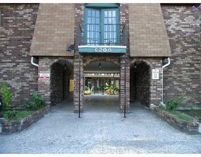 Metairie Multi Family Home For Sale: 6200 Riverside Drive #541