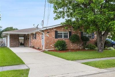 Metairie Single Family Home For Sale: 818 E William David Parkway