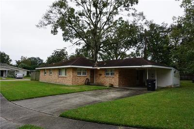 River Ridge, Harahan Single Family Home For Sale: 631 Stratford Drive