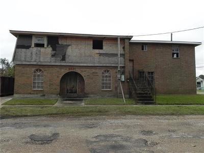 Single Family Home For Sale: 6630 Dreux Avenue