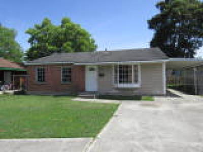 Avondale LA Single Family Home For Sale: $77,900