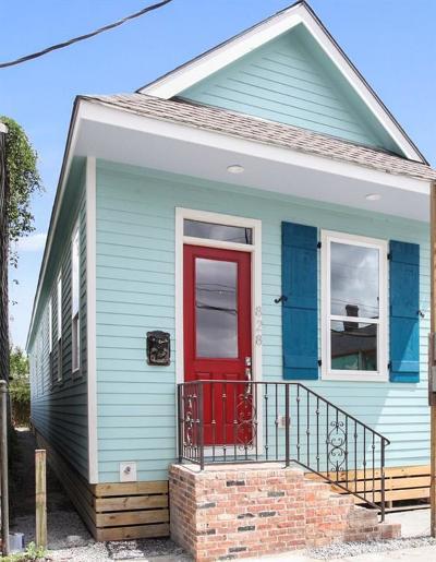 Single Family Home For Sale: 828 N Galvez Street