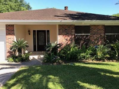 River Ridge, Harahan Single Family Home For Sale: 521 Park Ridge Drive