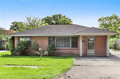 Kenner Single Family Home For Sale: 915 Lesan Drive