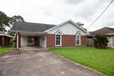 Single Family Home For Auction: 4732 Loveland Street