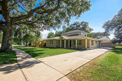New Orleans Single Family Home For Sale: 5420 Charlotte Drive