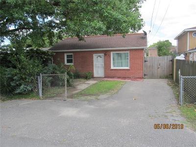 Single Family Home For Sale: 513 Dakin Street