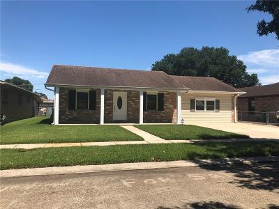 Single Family Home For Sale: 653 Diplomat Street