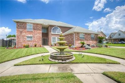 New Orleans Single Family Home For Sale: 150 Chatelain Court