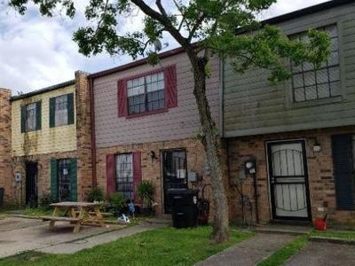 New Orleans Townhouse For Sale: 7850 N Coronet Court