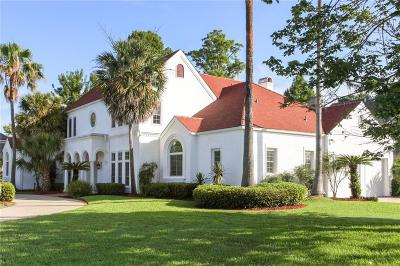Single Family Home For Sale: 72 English Turn Drive