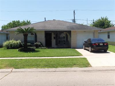 Kenner Single Family Home For Sale: 3813 W Loyola Drive