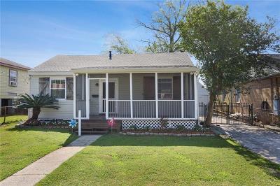 Jefferson Single Family Home For Sale: 713 Betz Avenue