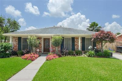 New Orleans Single Family Home For Sale: 5693 Evelyn Court