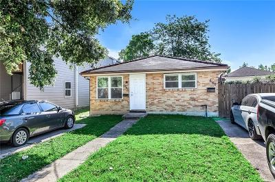 Jefferson Parish, Orleans Parish Multi Family Home For Sale: 6185-87 Bellaire Drive