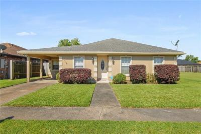 New Orleans Single Family Home For Sale: 7416 Ligustrum Drive