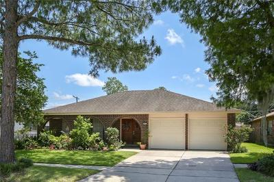 Single Family Home For Sale: 833 Terry Parkway