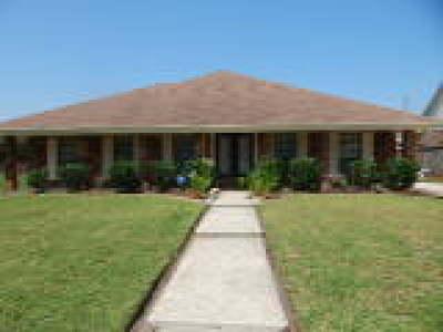 Harvey Single Family Home For Sale: 3612 Lake Arrowhead Drive