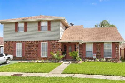 Single Family Home For Sale: 5565 Trinity Drive