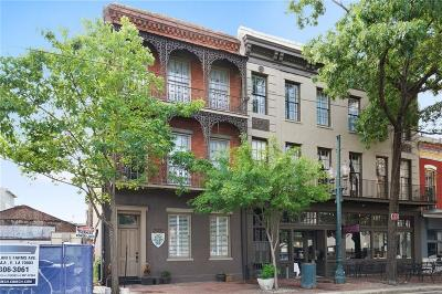 Townhouse For Sale: 717 St Charles Avenue