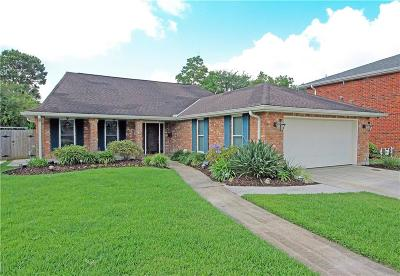 Metairie Single Family Home For Sale: 3912 Berot Drive