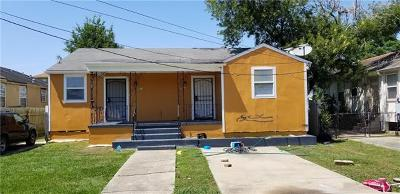 New Orleans Single Family Home For Sale: 2311-2313 Robert E Lee Boulevard