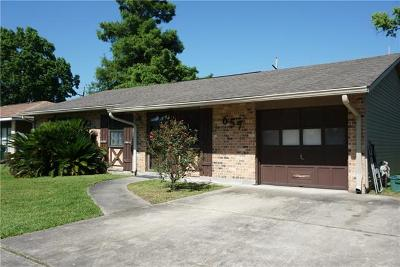 Gretna Single Family Home For Sale: 657 Willowbrook Drive