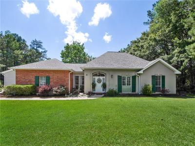 Mandeville Single Family Home For Sale: 31 Riverbirch Court