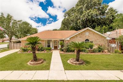 Single Family Home For Sale: 3867 Roman Street