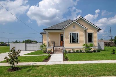Arabi Single Family Home For Sale: 405 Chinchilla Drive