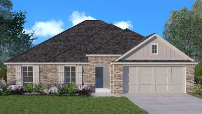 Covington Single Family Home For Sale: 75720 Rickelin Drive