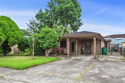 Single Family Home For Sale: 4 Dulcich Drive