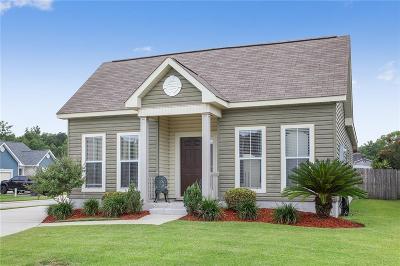Single Family Home For Sale: 5252 Savannah Lane