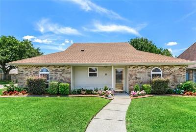 Kenner Single Family Home For Sale: 11 N. Lafourche Court