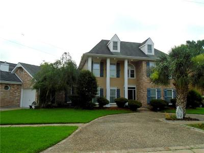 Kenner Single Family Home For Sale: 5437 Shamrops Street