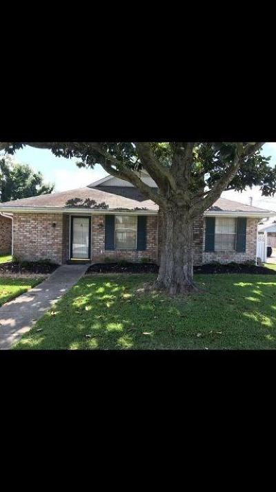 Kenner Single Family Home For Sale: 4300 Connecticut Avenue