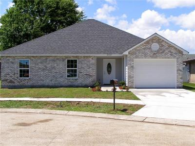 Harvey Single Family Home For Sale: 2412 Sunset Drive