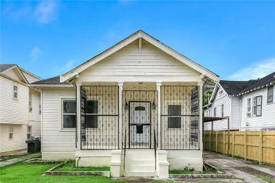 Single Family Home For Sale: 4224 S Derbigny Street