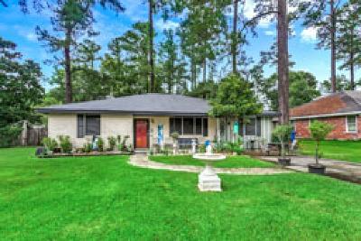 Covington Single Family Home For Sale: 327 Robinhood Road